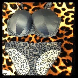 Victoria's Secret Intimates & Sleepwear - Victoria's Secret Bra and panty set